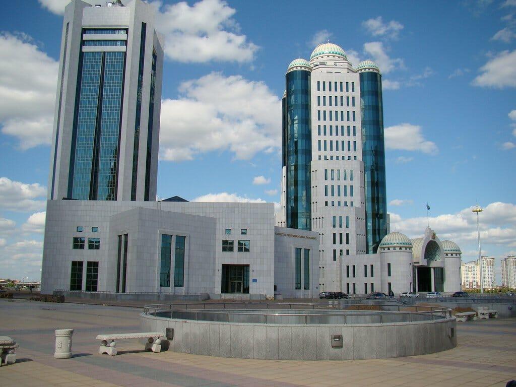 Kazakh_Parliament_Astana
